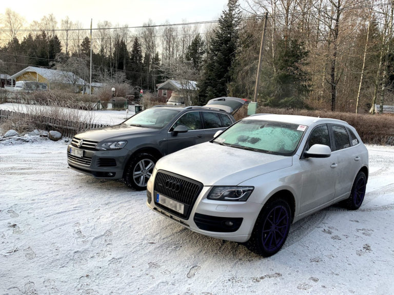VW Touareg 2013 with Goodyear Ultragrip Ice Arctic and Audi Q5 2010 with Landsail is37